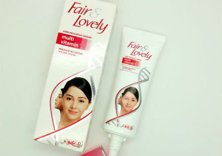 foto Fair & Lovely Krim Pencerah Harian Multi Vitamin