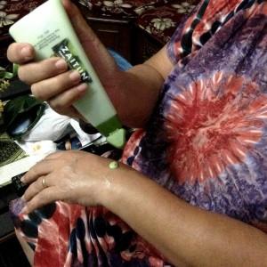 gambar review ke-1 untuk Mustika Ratu Zaitun Hand Body Lotion