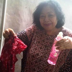gambar review ke-1 untuk Attack Batik Cleaner