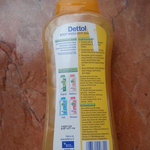 gambar review ke-3 untuk Dettol pH Balance Body Wash Sensasi Jeruk Mandarin